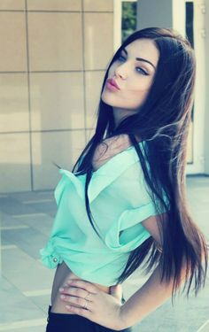 I love the long dark hair, pale skin & blue eyed look <3
