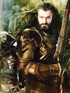Thorin in golden armor in The Hobbit: Battle of the Five Armies from @MoustacheLuke / twitter
