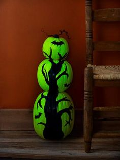 DIY Tutorial: DIY Halloween Crafts / DIY Glow-in-the-Dark Pumpkin Tree - Bead&Cord
