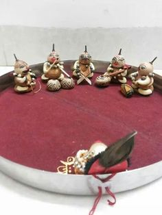 New fruit design dried ideas Arti Thali Decoration, Ganapati Decoration, Diy Diwali Decorations, Fruit Decorations, Wedding Decorations, New Fruit, Fruit Art, Wedding Plates, Pressed Flower Art