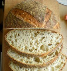 Chleb stworzony na podstawie słynnego San Francisco. Wielu piekarzy próbowało odtworzyć kulturę bakterii i dzikich drożdży z pięknego miasta... Vermont, Bread Recipes, San Francisco, Menu, Baking, Breads, Kitchens, Menu Board Design, Bakken