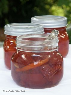 Pear Brandy Preserves These Homemade Pear Preserves are a House Specialty at Big Mill Inn. Jam Recipes, Canning Recipes, Fruit Recipes, Pear Preserves, Pear Brandy, Canning Pears, Canned Food Storage, Jam And Jelly, Pickling