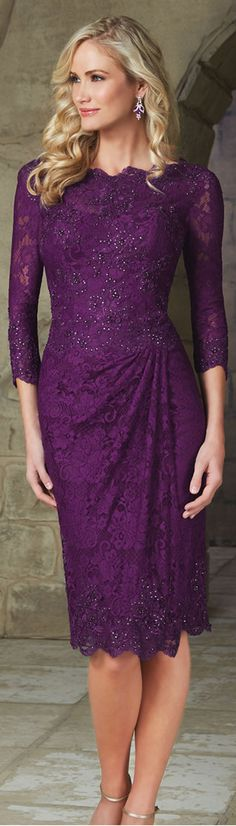 Elegant Lace Jewel Neckline Sheath Mother of The Bride Dress with Beaded Appliques