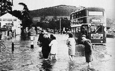 The Great Flood of 68 - Batheaston, Somerset East Street, Street View, Vintage Photos, Old Photos, Floods In England, Bristol England, Bath Uk, Great British, Somerset