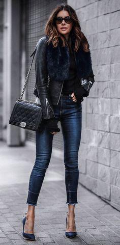 Black Leather Jacket / Navy Skinny Jeans / Navy Pumps / Black Quilted Shoulder Bag