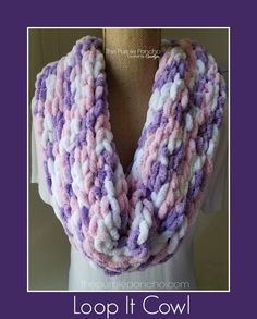 The Loop It Cowl is a beautiful addition to your wardrobe and is a new free pattern using your fingers! The Loops are already in the skein of yarn for you. This is a great way to introduce… Crochet Scarves, Crochet Shawl, Crochet Yarn, Hand Crochet, Free Crochet, Finger Knitting Projects, Yarn Projects, Arm Knitting, Knitting Needles
