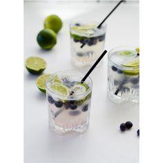 <p><span>© <a href='http://www.mitzyathome.com/2014/elderflower-blueberry-lime-virgin-cocktail/?utm_source=rss