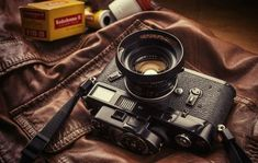 Kodachrome and a Leica M2 (my 'guess' is re-painted Black rather than Black paint) : I love my leica: Photo