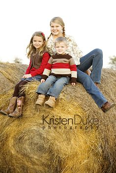 Gone Country {Austin Family Portraits}