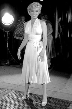 """Marilyn during filming of """"Seven Year Itch"""" 1955"""