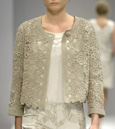 Lace / neutral / taupe crochet cardigan. I might be a little addicted to crocheted beauties. <3