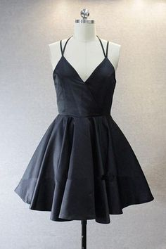 A Live V Neck Short Black Prom/Homecoming Dress