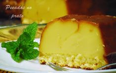 Bolo cremoso de queijo quark Portuguese Desserts, Coco, Mousse, Mashed Potatoes, Cheesecake, Deserts, Food And Drink, Pudding, Favorite Recipes