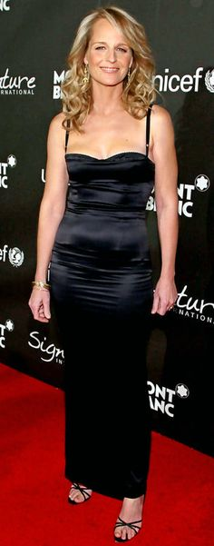 Helen Hunt Dead Beautiful, Beautiful People, Beautiful Women, Hollywood Stars, Classic Hollywood, Divas, Princess Diana Rare, Female Movie Stars, Helen Hunt