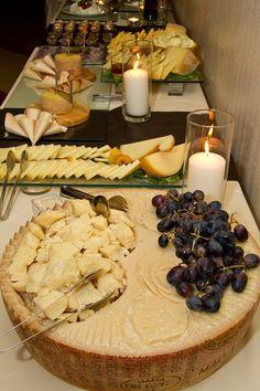 Parmigiano Reggiano, Caciocavallo affumicato, Tete de Moine, e Pecorini stagionati del gran Sasso