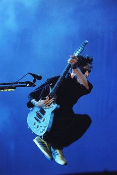 Matt Bellamy_02 August 2002 — Recinto Festival, Benicassim, Spain
