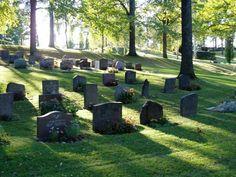Norra Kyrkogården Örebro | Det traditionella sättet att gravsätta urnor och askor är i ...