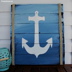 DIY Anchor Pallet Sign for our deck at thehappyhousie.com