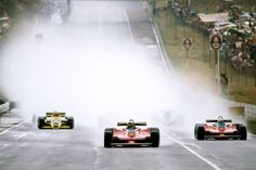 Gilles Villeneuve devant Jody Scheckter au restart South Africa 1979