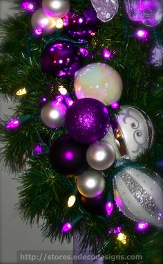 Purple Christmas Decoration ideas, which is Edgy- Chic and One of a kind. Check out the best Purple Christmas decor, Christmas ornaments, wreath ideas here. Purple Christmas Decorations, Purple Christmas Ornaments, Christmas Images, Little Christmas, Christmas Colors, All Things Christmas, Christmas Holidays, Christmas Wreaths, Merry Christmas