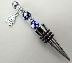 DUKE Blue Devils Wine Stopper made with Blue & White Glass Beads and a 2  Sided