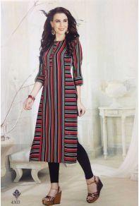 Explore latest styles of A-line, straight & anarkali kurtas. Simple Kurta Designs, Kurta Designs Women, Blouse Designs, Fancy Kurti, Indian Designer Outfits, Indian Outfits, Kurta Neck Design, Kurti Collection, Printed Kurti