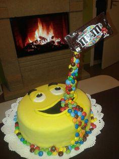 m&ms...... Születésnapi torta, csoki ízesítéssel!