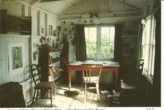 The inside of Dylan Thomas' writing hut. Roald Dahl's writing hut, The Gipsy House The inside of t. Dylan Thomas, Home Office, Tiny House, Boat House, Writing Studio, Writing Desk, Cabin In The Woods, Room Of One's Own, Apartment Therapy