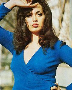 ❤ DEMET❤ Turkish Pop, Beautiful Images, Beautiful Women, Persian Beauties, Paparazzi Photos, Celebrity Stars, Celebs, Celebrities, Aesthetic Girl