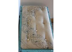 I have just the cedar chest that is dying for a new cushion, this would look great!