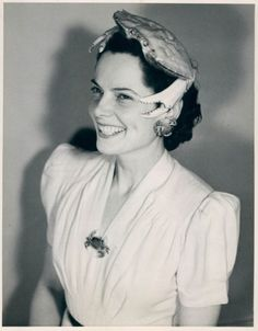 "* Crab hat Miss Maryland 1939 during the ""talent"" portion of the Miss America pageant."