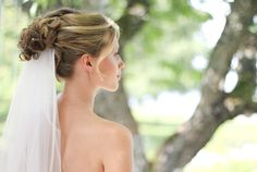 Weddinghair with low veil
