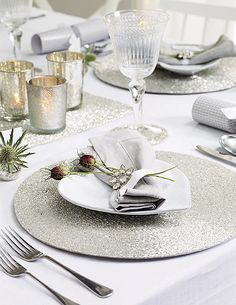 The White Company - A table fit for a feast