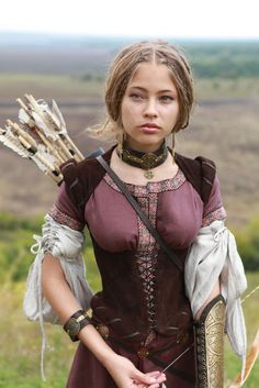 Magnificent Viking Archeress shows brown leather underbust bustier