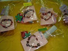 5ο ΝΗΠΙΑΓΩΓΕΙΟ ΚΑΛΑΜΑΤΑΣ-ΔΩΡΑΚΙΑ ΓΙΑ ΤΗΝ ΜΑΜΑ Gift Wrapping, Blog, Gifts, Gift Wrapping Paper, Presents, Wrapping Gifts, Gift Packaging, Gifs, Wrapping