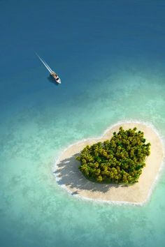 The heart shaped Tavarua island of Fiji, Oceania. ...
