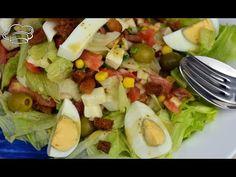 Ensalada Cobb. Para quien no lo sepa, esta es la ensalada favorita de las estrellas de Hollywood. Ahora la podrás preparar fácilmente en casa. Ensalada Cobb, Queso Fresco, Aga, Salad Dressing, Cobb Salad, Stew, Noodles, Salads, Lunch