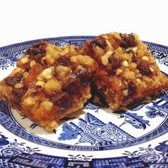Apricot and Chocolate Chip Nut Bars