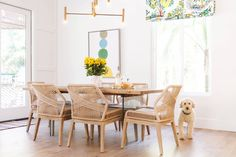 Holly Leaf Nook - Beach Style - Dining Room - San Diego - by Savvy Interiors Shabby Chic Dining Room, Beach Dining Room, Wooden Beams Ceiling, Room Wanted, Dining Room Lighting, Dining Rooms, Modern Dining Table, Fashion Room, Home Interior
