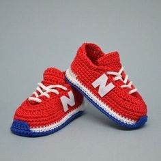 Digital pattern includes pdf description with photos and video tutorial with subtitles. Inspired by New Balance, this crochet pattern of baby booties makes a great and memorable pregnancy gift, baby shower gift, or a prop for a newborn photography. #crochetpatterns#babybooties#crochetbabysneakers White Baby Shoes, Baby Boy Shoes, Baby Booties, Boys Shoes, Sports Shoes, Pattern Baby, Baby Patterns, Crochet Patterns, Crochet Ideas