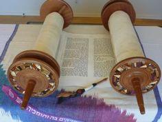Jewish female Scribes receive Torah.