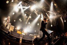 「Welcome![Alexandros]LIVE」なんばHatch公演での[Alexandros]のパフォーマンスの様子。(Photo by KAZUKI WATANABE) Concert, Music, Musica, Musik, Concerts, Muziek, Music Activities, Songs