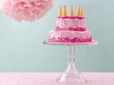 Dreamy Pink Castle Cake by Betty Crocker Someday, the twins will want each to have their own cake (I hope!). This will be PERFECT for my little pretty Princess Adrianna!