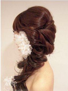 Long Wedding Hairstyles With Tiara