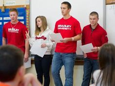 Communication in the Classroom: A new twist on a campus-wide class has students learning and teaching strong communication skills. Communication Department, Communication Skills, Bradley University, Good Employee, Certificate Programs, Business Organization, Second Language, Positive Attitude, Student Learning