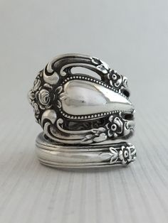 Size 7.5 Vintage Sterling Silver Spoon Ring by NotSoFlatware on Etsy https://www.etsy.com/listing/223769150/size-75-vintage-sterling-silver-spoon