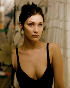 Bella Hadid | Simple | no makeup