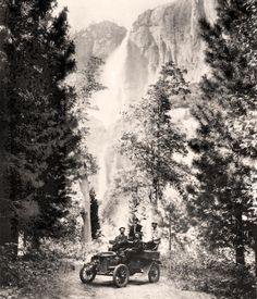 #TBT: The introduction of the automobile made it much easier for people to access remote outdoor places, such as the Yosemite Valley. The first car to enter that picturesque area is thought to have arrived in 1900; this photo was taken a few years later.  Photo: California State Automobile Association Archives Yosemite Valley, Travel Brochure, History Photos, Travel Goals, Vintage Pictures, Remote, Nostalgia, Retro, Places