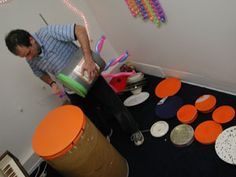 Balloon Drums : Photos and Video
