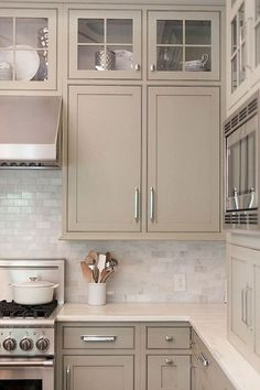 You'll end up in your personal kitchen on a daily basis, so you've to choose tiles and per day style . Read Classy Grey And Beige Kitchen Taupe Kitchen Cabinets, Cream Colored Kitchen Cabinets, Cream Colored Kitchens, Kitchen Cabinet Colors, Painting Kitchen Cabinets, Kitchen Paint, Kitchen Backsplash, Kitchen Tops, New Kitchen